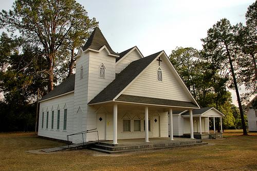irwinville-methodist-church-photograph-copyright-brian-brown-vanishing-south-georgia-usa-2008