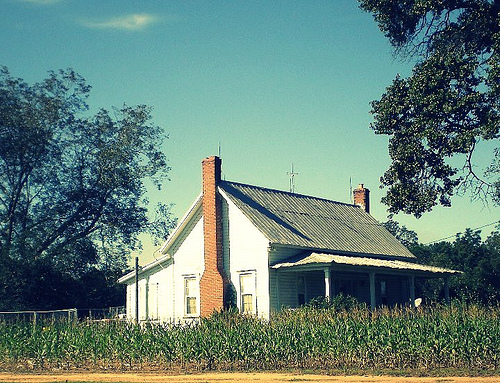 Owensboro GA Farmhouse Photograph Copyright Brian Brown Vanishing South Georgia USA 2008
