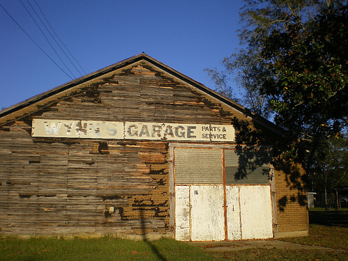 Wynns Garage Sycamore GA Photograph Copyright Brian Brown Vanishing South Georgia USA 2008