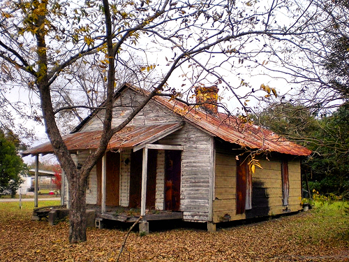 Queensland GA Ben Hill County Abandoned Vernacular House Photograph Copyright Brian Brown Vanishing South Georgia USA 2008