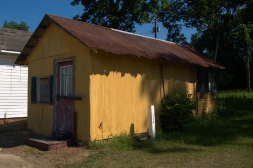 poulan-ga-tin-cafe-1940s-photograph-copyright-brian-brown-vanishing-south-georgia-2016