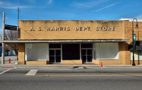 a s harris department store irwin countys trading center ocilla ga photograph copyright brian brown vanishing south georgia usa 2009