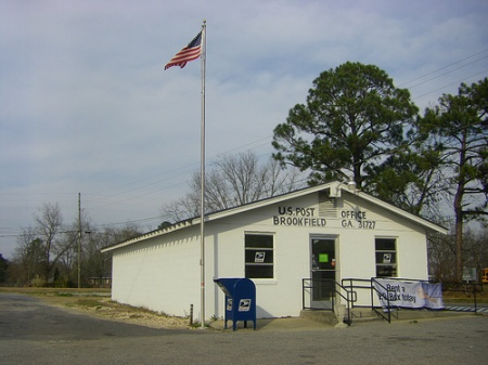 brookfield ga us post office photograph copyright brian brown vanishing south georgia usa 2009