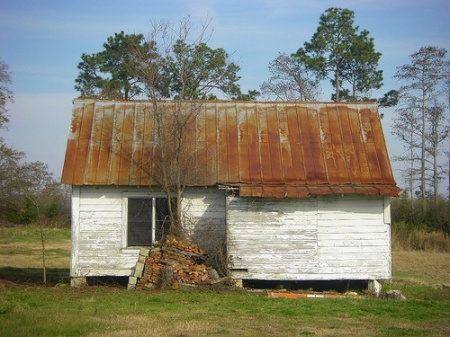 vernaular farmhouse irwin county ga photograph copyright brian brown vanishing south georgia usa 2009