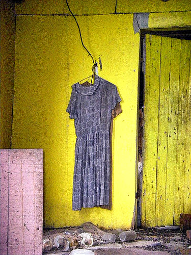 new era ga dress left in house photograph copyright brian brown vanishing south georgia usa 2009