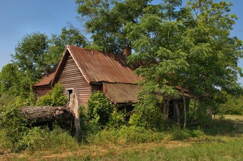 new era ga saddlebag farmhouse photograph copyright brian brown vanishing south georgia usa 2009