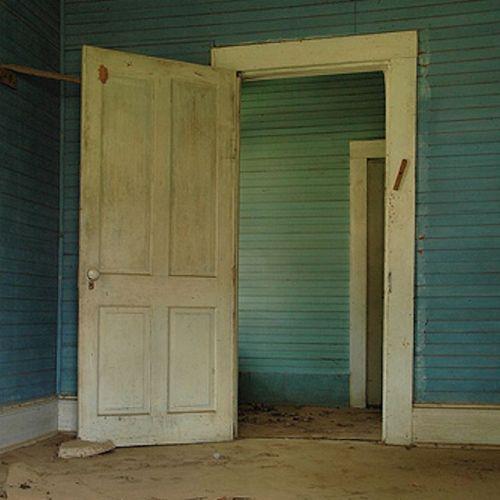 boston ga blue interior photograph copyright brian brown vanishing south georgia usa 2009