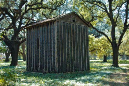 mitchell county ga branchville road tobacco barn photograph copyright brian brown vanishing south georgia usa 2009
