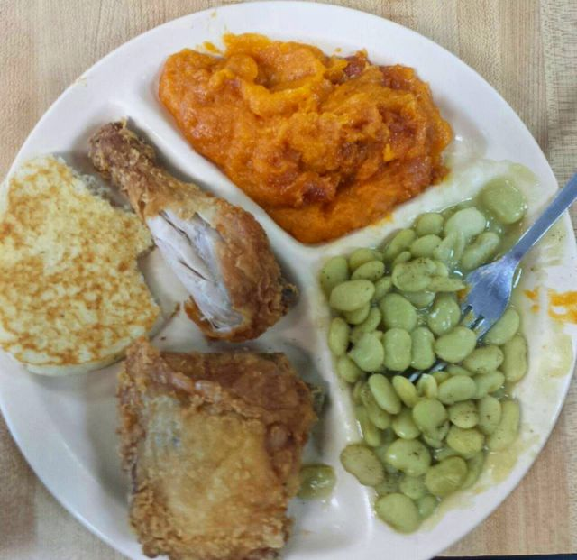 moms kitchen preston ga soul food excellence photograph copyright brian brown vanishing south georgia usa 2016