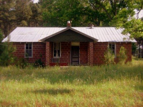 osierfield ga hopkins farm tile tenant house photograph copyright brian brown vanishing south georgia usa 2009