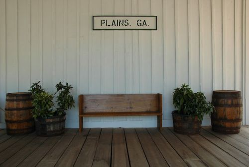 plains-depot-platform-photograph-copyright-brian-brown-vanishing-south-georgia-usa-2011