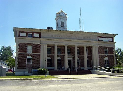 atkinson county ga courthouse pearson photograph copyright brian brown vanishing south georgia usa 2009