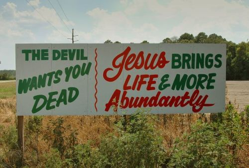 roper ga the devil wants you dead sign photograph copyright brian brown vanishing south georgia usa 2009