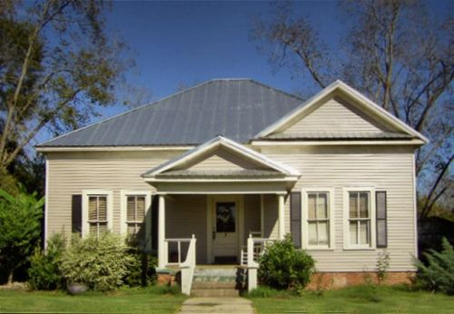 meigs ga neoclassical cottage photograph copyright brian brown vanishing south georgia usa 2009
