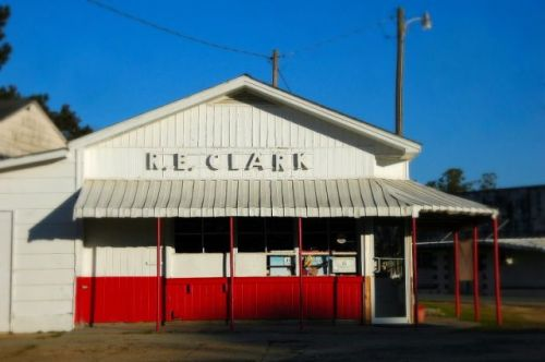 jacksonville ga r e clark store photograph copyright brian brown vanishing south georgia usa 2009