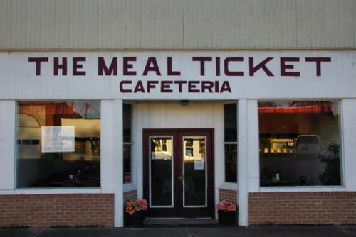 oglethorpe ga the meal ticket cafeteria photograph copyright brian brown vanishing south georgia usa 2009