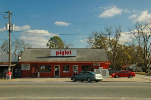 alamo ga piglet grocery store photograph copyright brian brown vanishing south georgia usa 2009