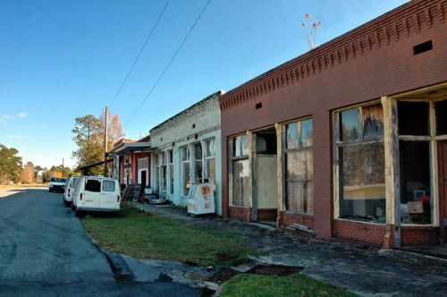 chauncey ga railroad avenue storefronts photograph copyright brian brown vanishing south georgia usa 2009