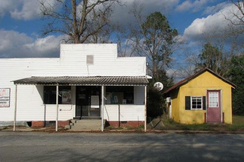 poulan ga grocery store photograph copyright brian brown vanishing south georgia usa 2009