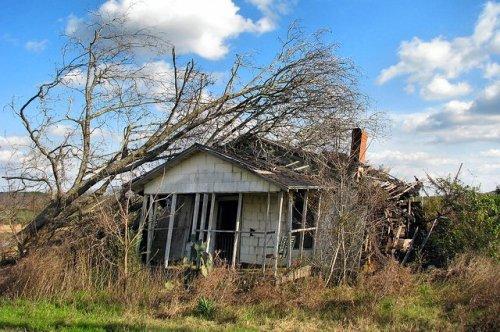 worth county ga abandoned farmhouse highway 112 photograph copyright brian brown vanishing south georgia usa 2009
