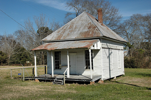 carnegie-ga-randolph-county-ghost-town-voting-precinct-house-pictures-picture-photo-copyright-brian-brown-vanishing-south-georgia