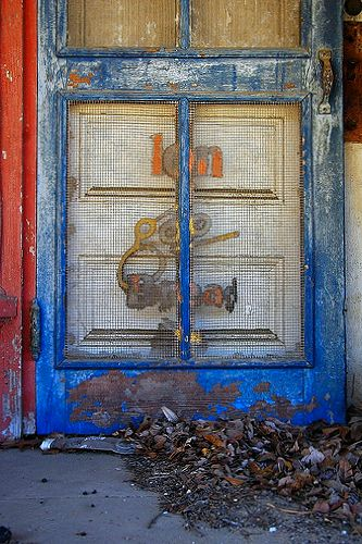 charing ga colonial bread door photograph copyright brian brown vanishing south georgia usa 2010