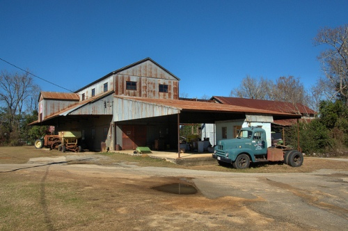 lummus-cotton-gin-international-work-truck-e-c-carter-farms-portal-ga-bulloch-county-photograph-copyright-brian-brown-vanishing-south-georgia-usa-2014