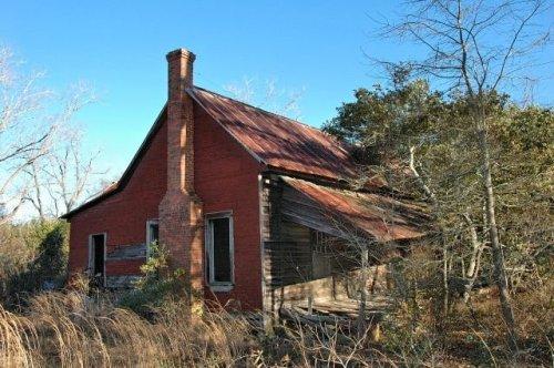 wilcox county ga abandoned double pen farmhouse photograph copyright brian brown vanishing south georgia usa 2010