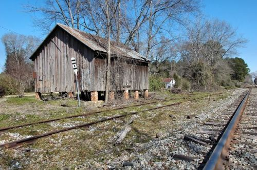 bronwood ga railroad freight depot photograph copyright brian brown vanishing south georgia usa 2010
