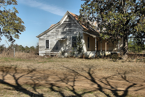 1000 images about ghost in georgia and other places on for Old farm houses for sale in georgia