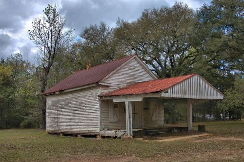 long pond ga mcarthurs store photograph copyright brian brown vanishing south georgia usa 2016