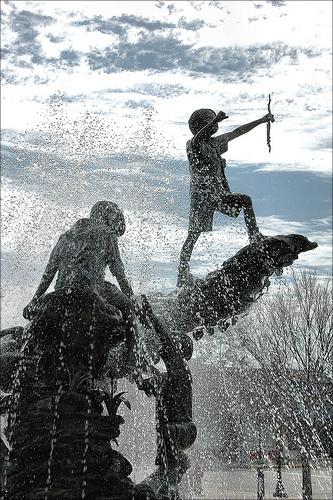 nashville ga connies park fountain photograph copyright brian brown vanishing south georgia usa 2010