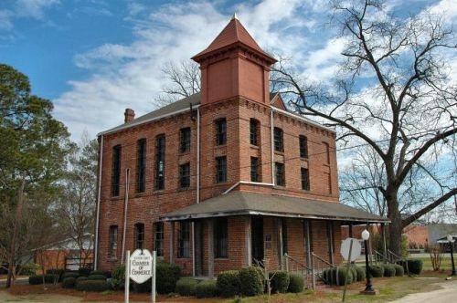 nashville ga old berrien county jail photograph copyright brian brown vanishing south georgia usa 2010