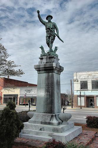 nashville ga the spirit of the american doughboy wwi statue photograph copyright brian brown vanishing south georgia usa 2010