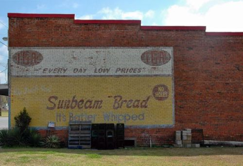 ochlocknee ga georges iga sunbeam bread mural photograph copyright brian brown vanishing south georgia usa 2010