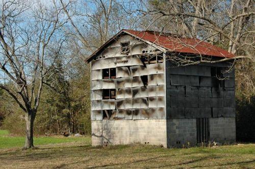 offerman ga tobacco barn photograph copyright brian brown vanishing south georgia usa 2010