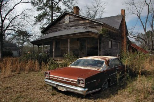 reno ga abandoned house ford galaxy 500 photograph copyright brian brown vanishing south georgia usa 2010