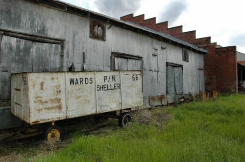arlington ga wards bonded peanut warehouse photograph copyright brian brown vanishing south georgia usa 2010