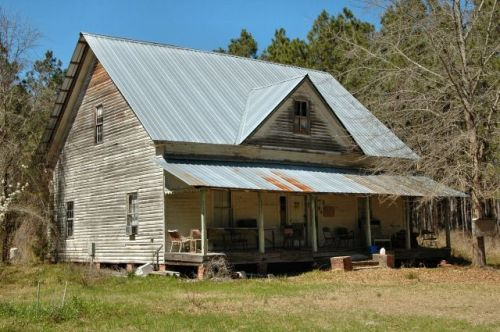 bristol ga gablefront farmhouse photograph copyright brian brown vanishing south georgia usa 2010