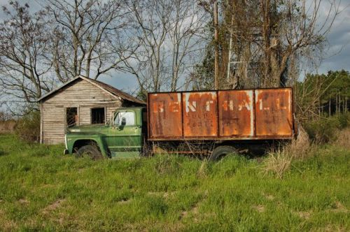 elmodel ga abandoned farm photograph copyright brian brown vanishing south georgia usa 2010