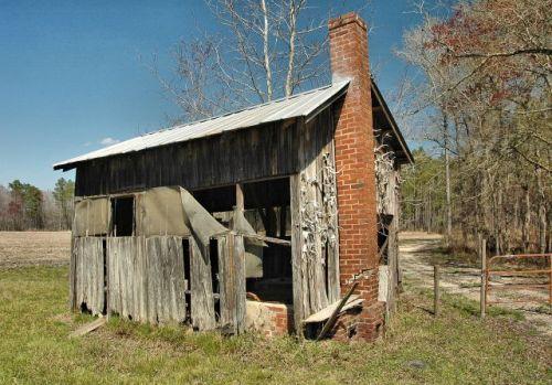 long county ga syrup shed henry walcott road photograph copyright brian brown vanishing south georgia usa 2010