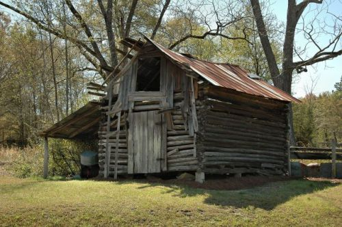 stuckey ga log barn photograph copyright brian brown vanishing south georgia usa 2010