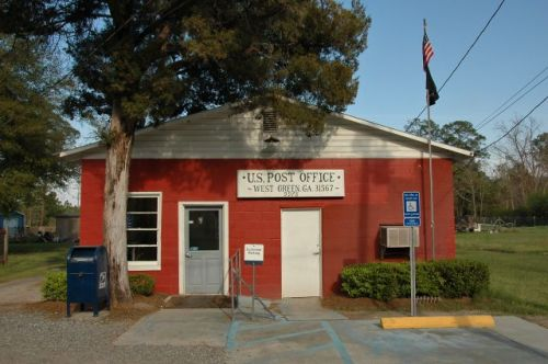 west green ga post office photograph copyright brian brown vanishing south georgia usa 2010