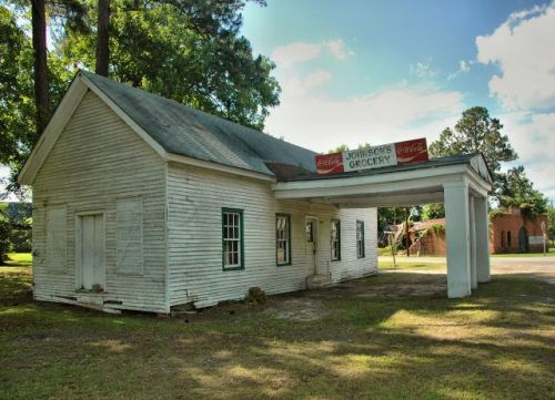 norristown ga johnson grocery photograph copyright brian brown vanishing south georgia usa 2010