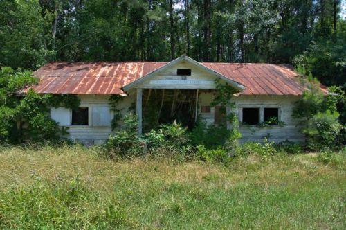 shawnee ga community center photograph copyright brian brown vanishing south georgia usa 2016