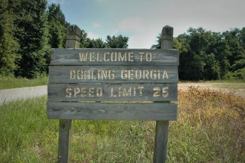 dooling ga sign dooly county ga photograph copyright brian brown vanishing south georgia usa 2010