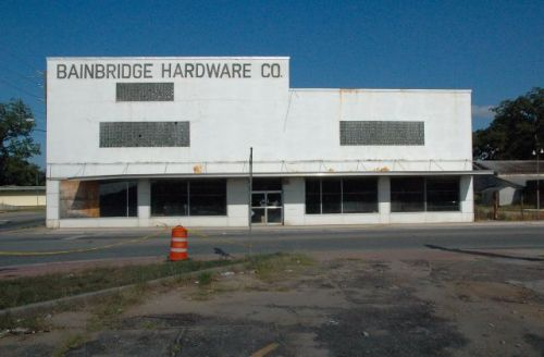 bainbridge hardware company ga photograph copyright brian brown vanishing south georgia usa 2010