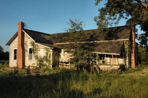 ben hill county ga j d bishop sr farmhouse photograph copyright brian brown vanishing south georgia usa 2010