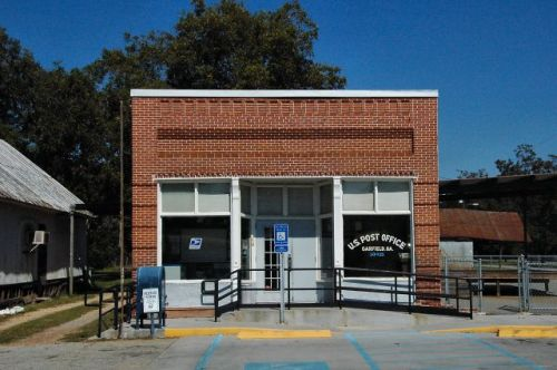 garfield ga post office photograph copyright brian brown vanishing south georgia usa 2010