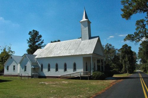 historic summertown baptist church photograph copyright brian brown vanishing south georgia usa 2010